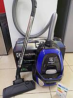 Пылесос ELECTROLUX 2000W экофильтр контейнер без мешка