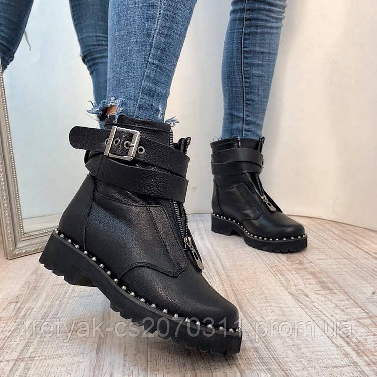 Женские модные ботинки с пряжками на молнии
