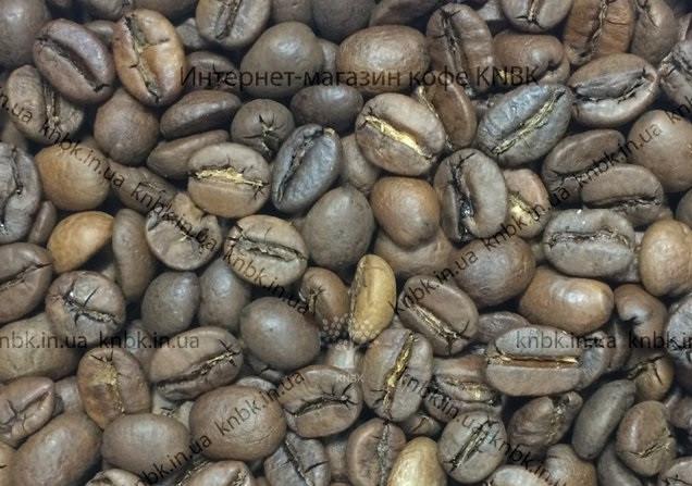 купаж кофе 30 на 70 Фото зерен купаж сортовкофе свежеобжаренный (бленд, смесь)