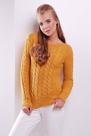 женский вязаный свитер с горловиной лодочкой узор косичка цвет