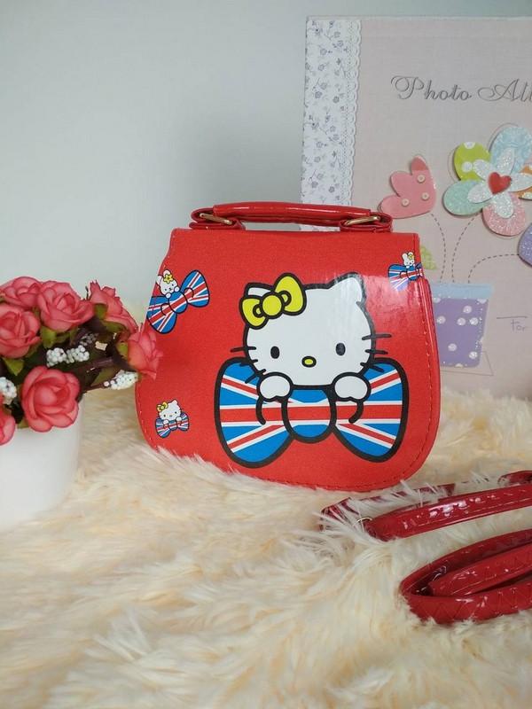 20b442e76a08 Лаковая сумочка для девочки с Китти 14*16*7 см за 207 грн. в ...