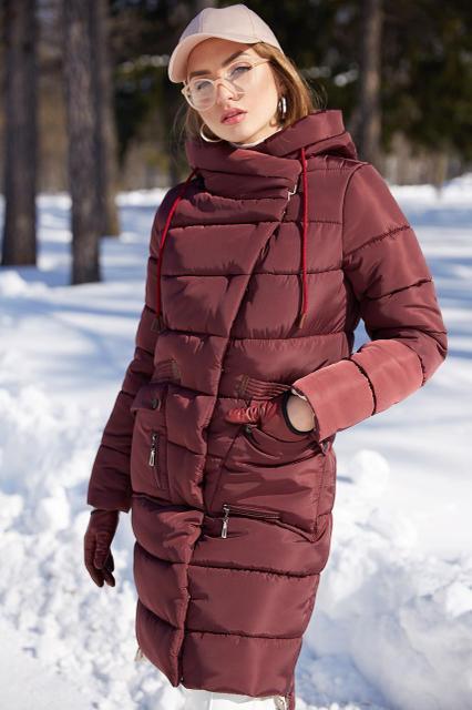 Женское пальто прямого фасона Nui very