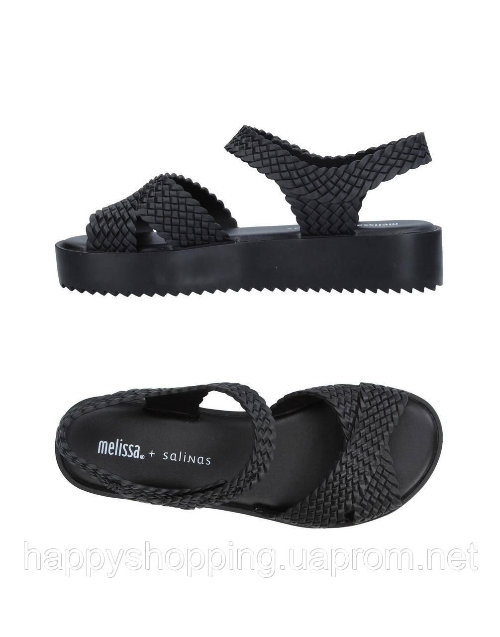 Женские черные пахнущие босоножки на платформе  бразильского бренда Melissa