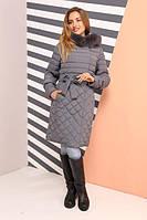 Красивое женское пальто с песцом
