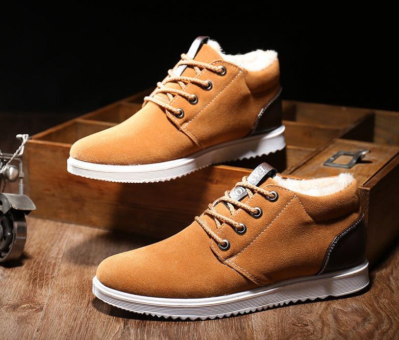 Стильні утеплені чоловічі кросівки, черевики