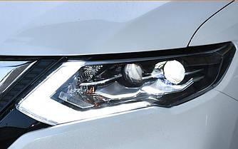 Передние фары Nissan Rogue X-Trail T32 (2017+) тюнинг Led оптика (с лампами и блоками в комплекте)