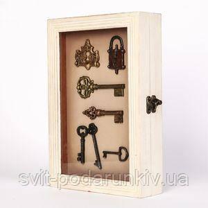 Белая ключница для дома - фото