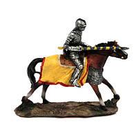 Статуэтка Рыцарь тамплиер на лошади с копьем