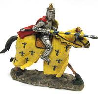 Статуэтка интерьерная Воин с копьем на лошади