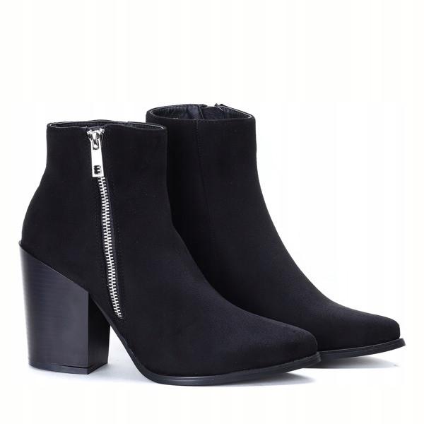 Женские ботинки Register