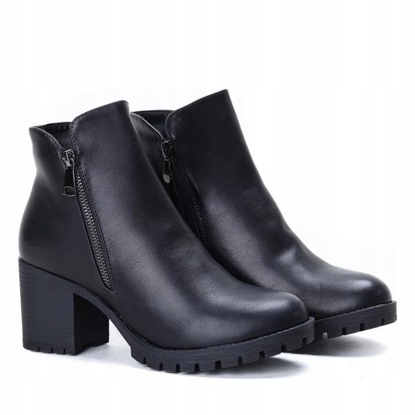 Женские ботинки Streight