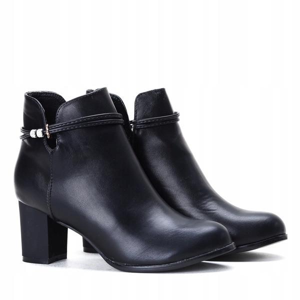 Женские ботинки Queen