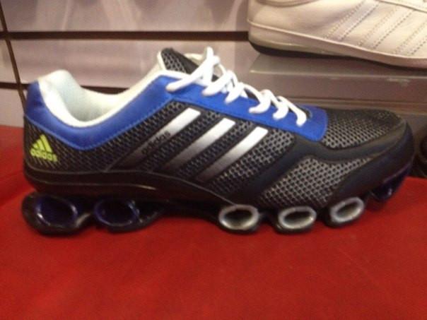 Мужские кроссовки Adidas MegaBounce