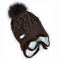 Зимняя шапка на завязках для мальчика.