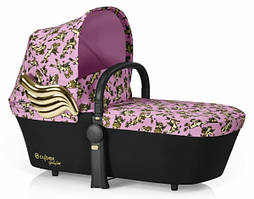 Коляска 2 в 1 Cybex Priam Lux Seat JS Cherub Pink pink Корзина Priam Carry Cot JS Cherub Pink pink
