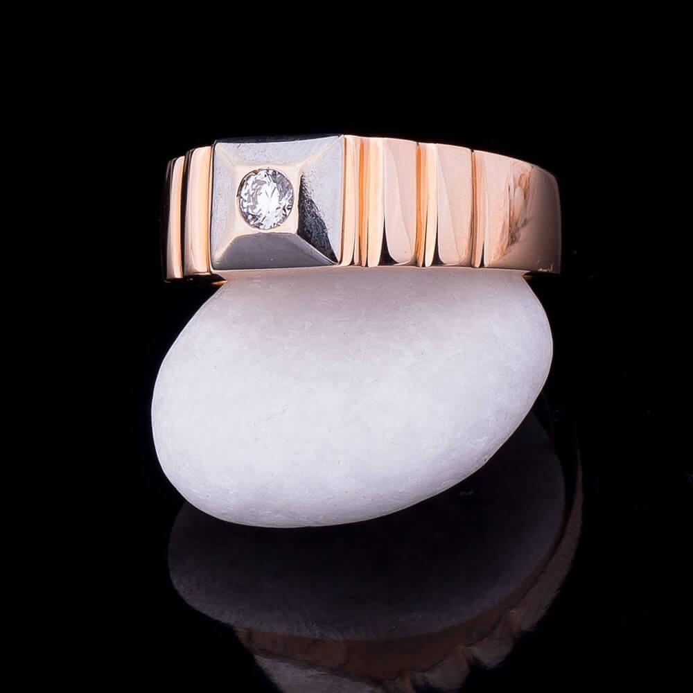 Золотая мужская печатка с фианитом гк02233