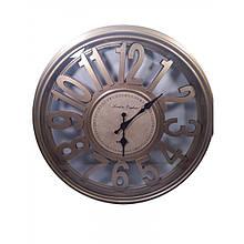 Настенные часы в деревянном корпусе круглые
