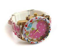 Красивые женские часы на руку кварцевые цветные