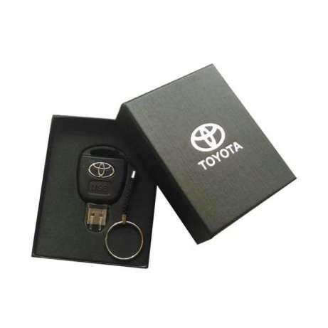 Флешка с логотипом авто Toyota (Тойота) в подарочной коробке 16 ГБ. USB флешка в виде ключа 16GB