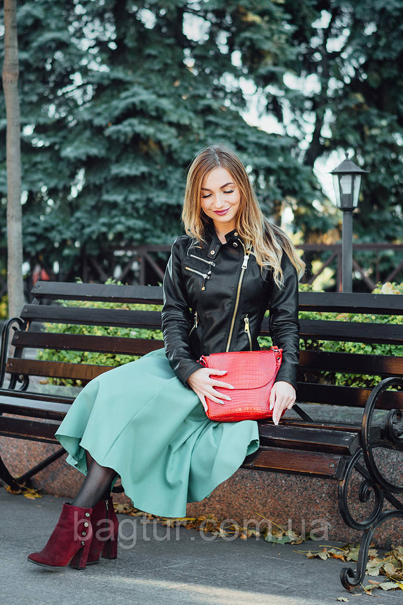 Кожаная сумочка женская 05 красный кайман 01050207