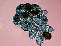 Брошь, цветок с бирюзовыми и зелеными стразами 004100