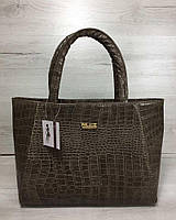 Женская сумка кофейного цвета