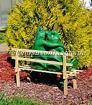 Садовая фигура Жабы на скамейке, фото 3