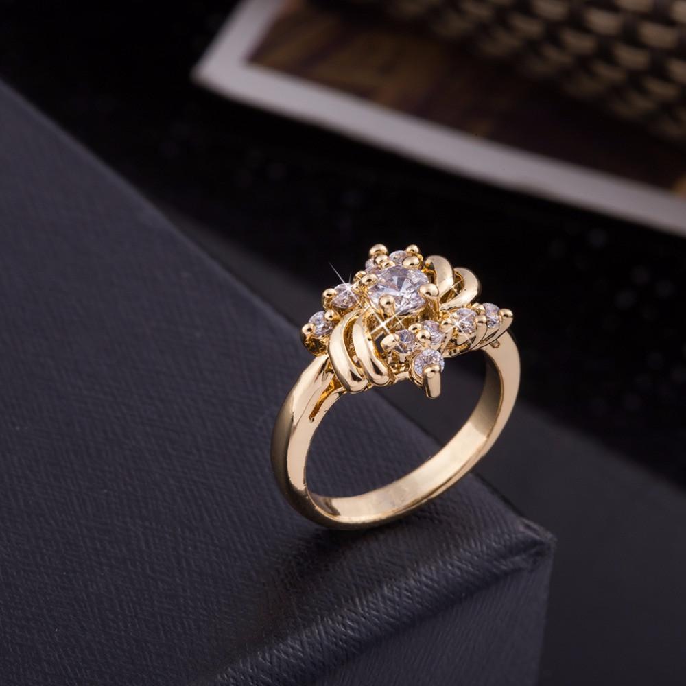 """Кольцо """"Цветок"""", размер: 17,5. А/В 0369"""