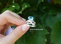 Серебряное кольцо с камнем капелькой, фото 1