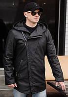 Черная осенняя стильная мужская удлиненная куртка-косуха с капюшоном и двумя карманами. Арт-4216/44