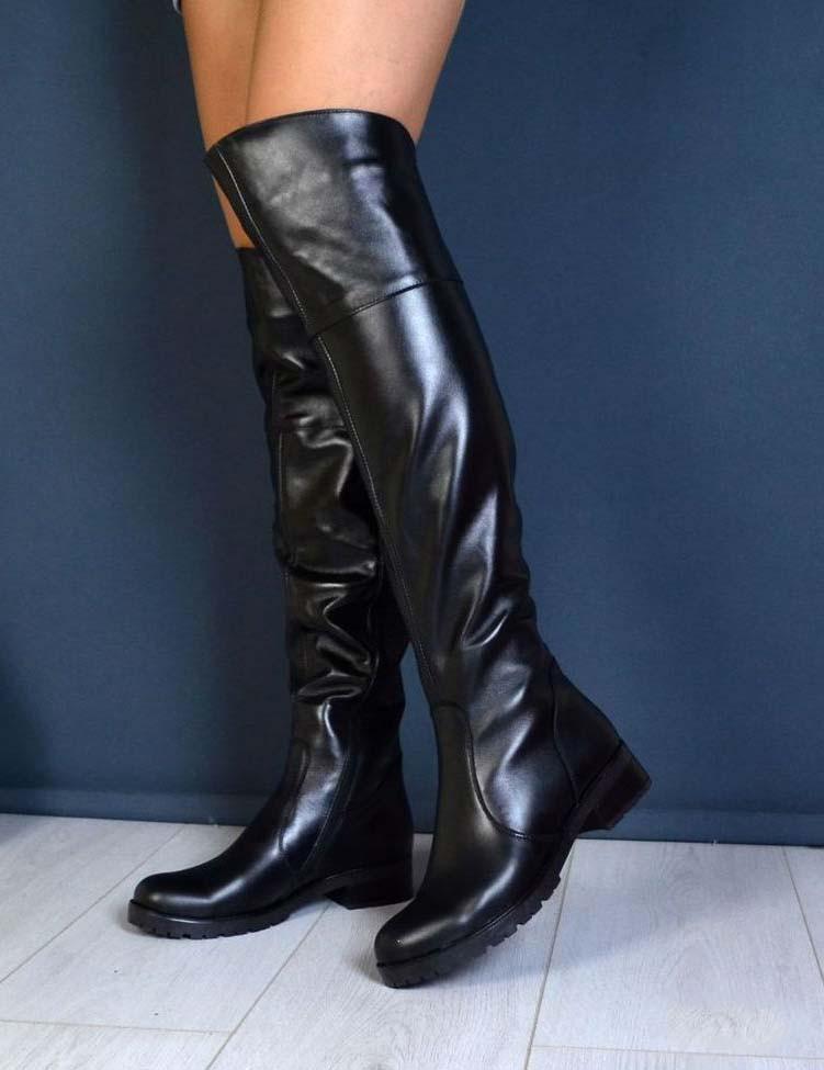 bee309c91 Зимние кожаные ботфорты на небольшом устойчивом каблуке