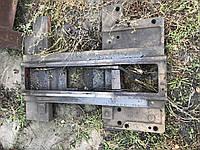 Нижняя верхняя коретка  станка мод 163