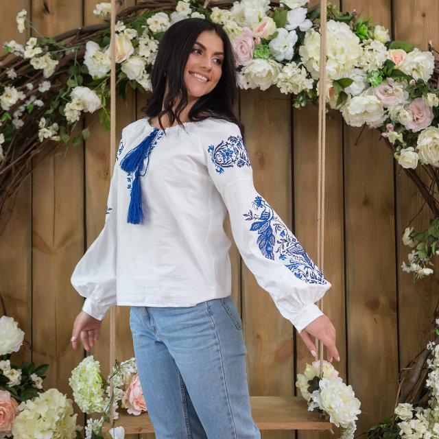 Белая рубашка с синей вышивкой Жар-Птица