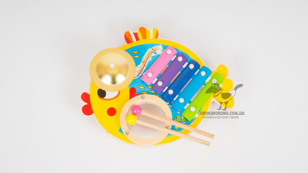 Деревянная игрушка - ксилофон с металлическими пластинами. В комплекте 2 палочки