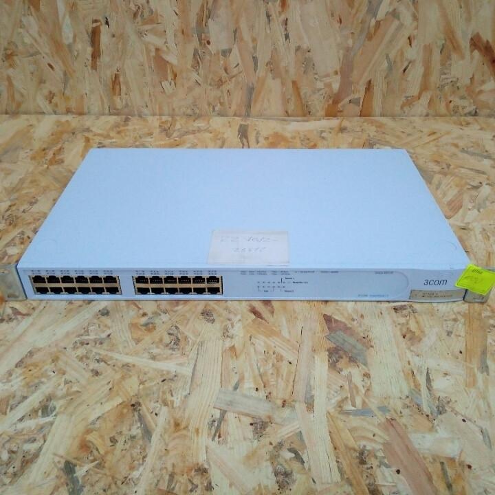 Сетевой коммутатор 3Com Super Stack 3 Switch 4400 SE, 24 ports 10/100 Mbps