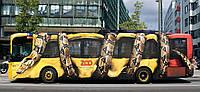 Наружная реклама на автомобилях — печать или порезка на пленке Oracal