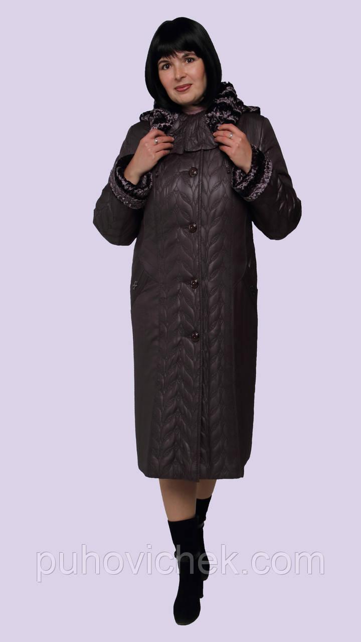 Теплое зимнее пальто женское стеганное с капюшоном