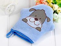 Мочалка- рукавичка для купания ребенка