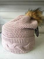 Молодежная шапка крупной вязки цвет пудра
