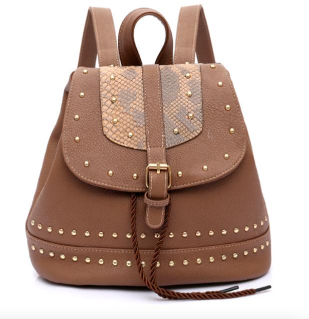 Рюкзак женский кожзам с заклепками Daren Коричневый