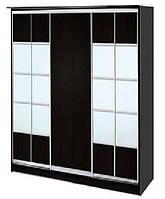 Шкаф-купе трехдверный ДСП + зеркало + комбинированный на 2 двери
