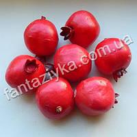 Гранат искусственный красный 35мм, муляжи фруктов