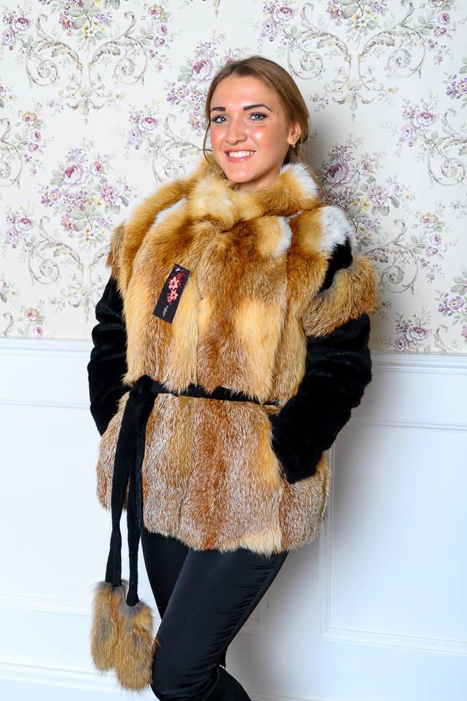 Манто из украинской лисы натуральный мех
