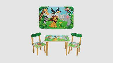 Столик деревянный и 2 стульчика. Принт зоопарк.