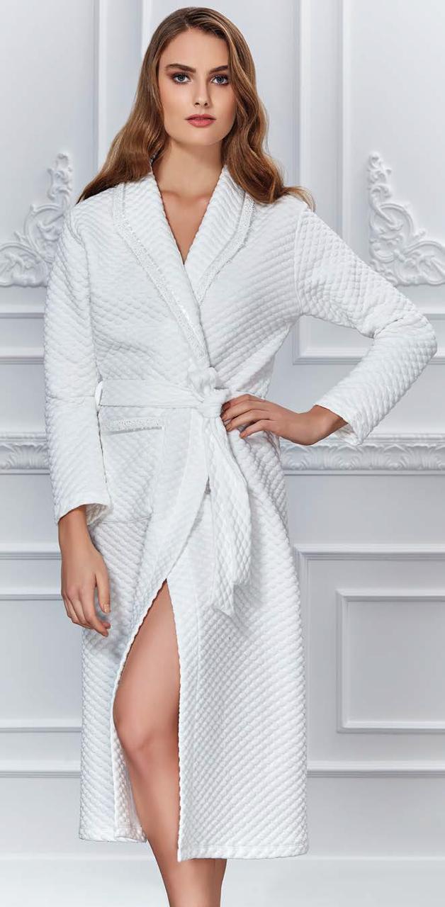Домашний женский халат  MARILYN CLUB белый 52