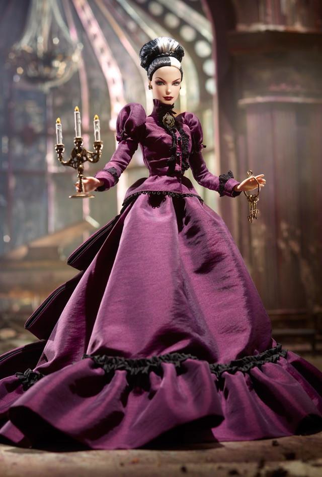 Коллекционная Кукла Барби прекрасное привидение хозяйка поместья / Haunted Beauty Mistress of the Manor Barbie
