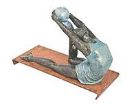 Оригинальная скульптура для гимнастка - девушка на тренировки!