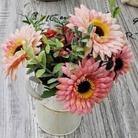 """Композиція зі штучних квітів """"Гербери"""" 8 * 19см"""