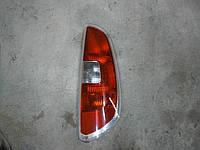 Фонарь правый Skoda Roomster 2009