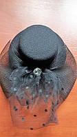 Шляпка-мини с бантом и сеточкой
